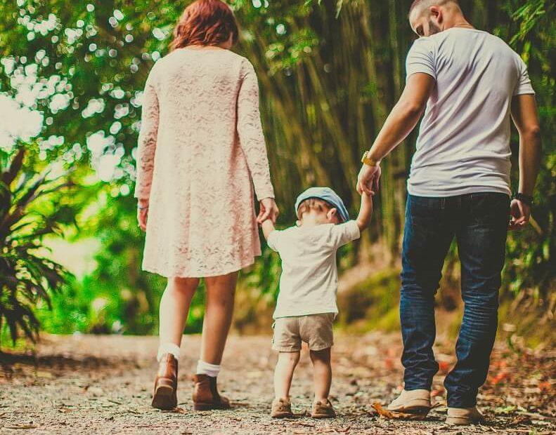להיות הורים